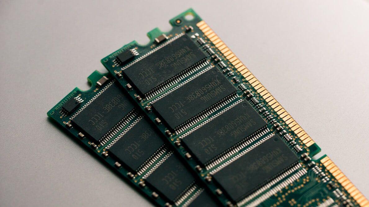 Do czego jest potrzebna pamięć RAM?