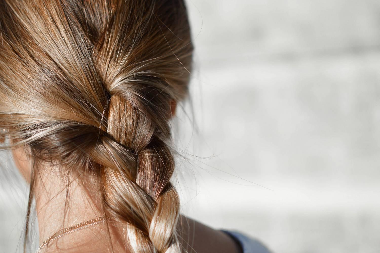 Przeszczep włosów i wszystko, co musisz wiedzieć na jego temat