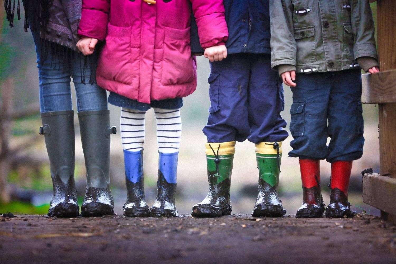 Co zrobić z używaną odzieżą dziecięcą?